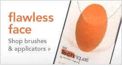 flawless face with brushes & applicators