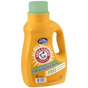 Arm & Hammer Laundry Detergent 2x Concentrate, Free of Perfumes & Dye, 32 Loads, Unscented- 50 fl oz