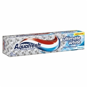 Aquafresh Triple Protection Ultimate Whitening Fluoride Toothpaste, Frost Mint- 6 oz
